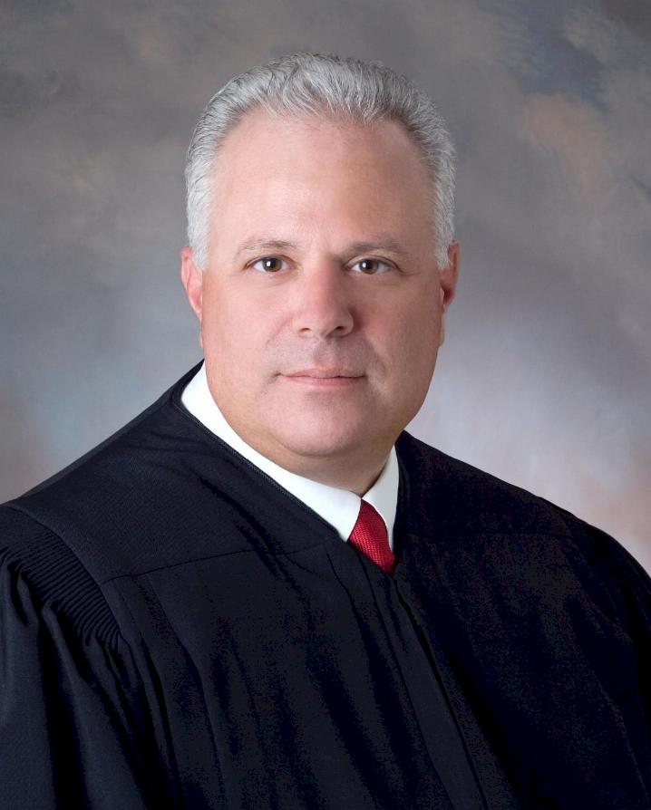 Picture of Circuit Judge John Galluzzo