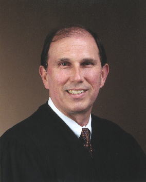 Picture of Circuit Judge Kenneth Lester, Jr.